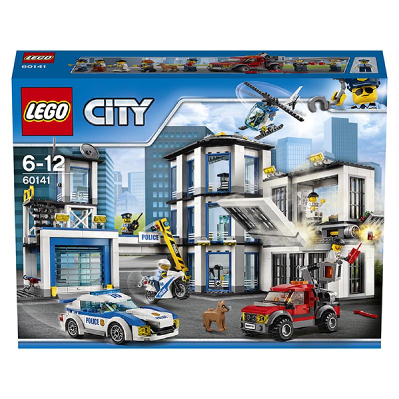 """Конструктор LEGO City """"Полицейский участок"""""""