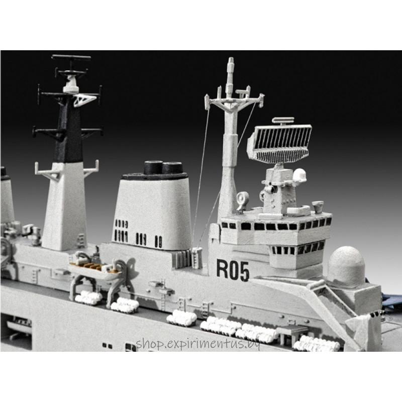 Британский авианосец HMS Invincible, Фолклендская война (1:700)